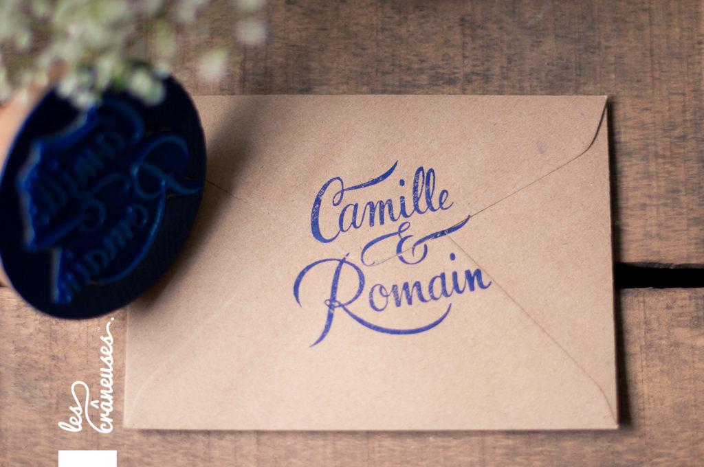 Faire-part mariage, tampon mariage - bleu - Enveloppe kraft - Les crâneuses - Papeterie personnalisée