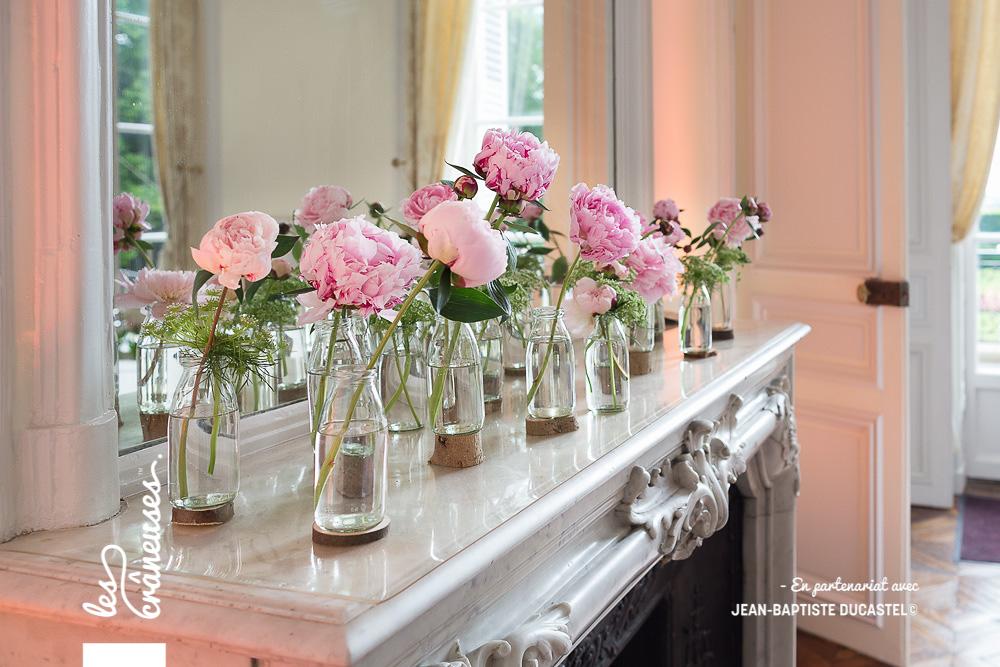 Décoration cheminée - mariage - Pivoine - Fleurs roses - Wedding planner - Les crâneuses - Château de Santeny
