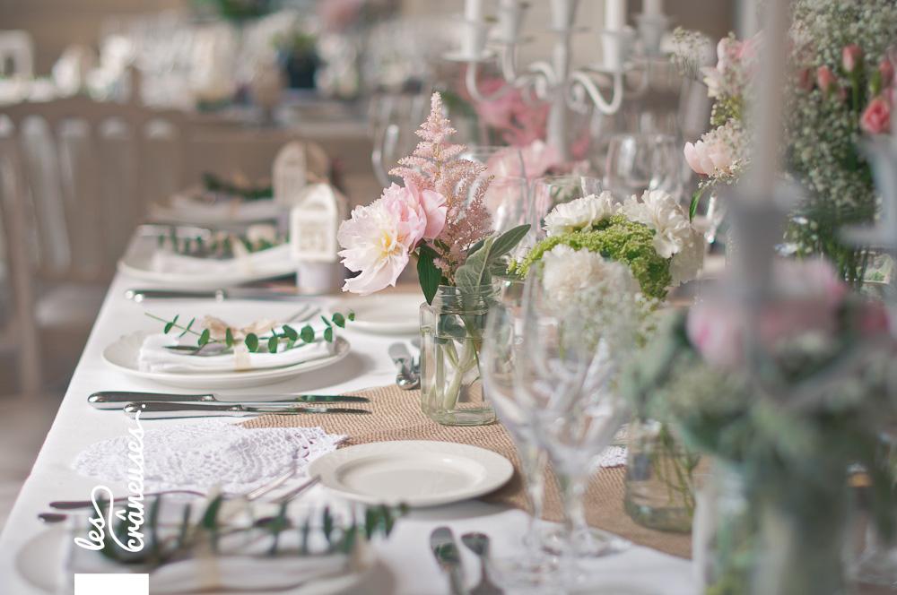 Mariage romantique - décoration - Mariage rose poudré - Mariage rétro - Château Santeny - Wedding planner - Les crâneuses - Plan de table paravent