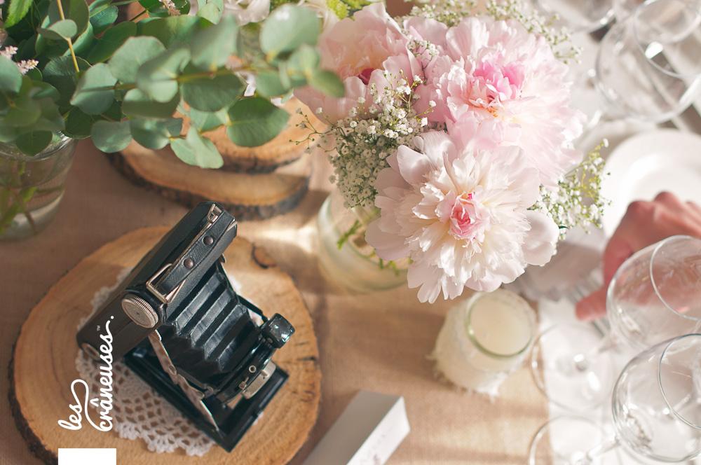 Mariage romantique - décoration - Mariage en rose - Mariage rétro - Château Santeny - Wedding planner - Les crâneuses - Décoration table