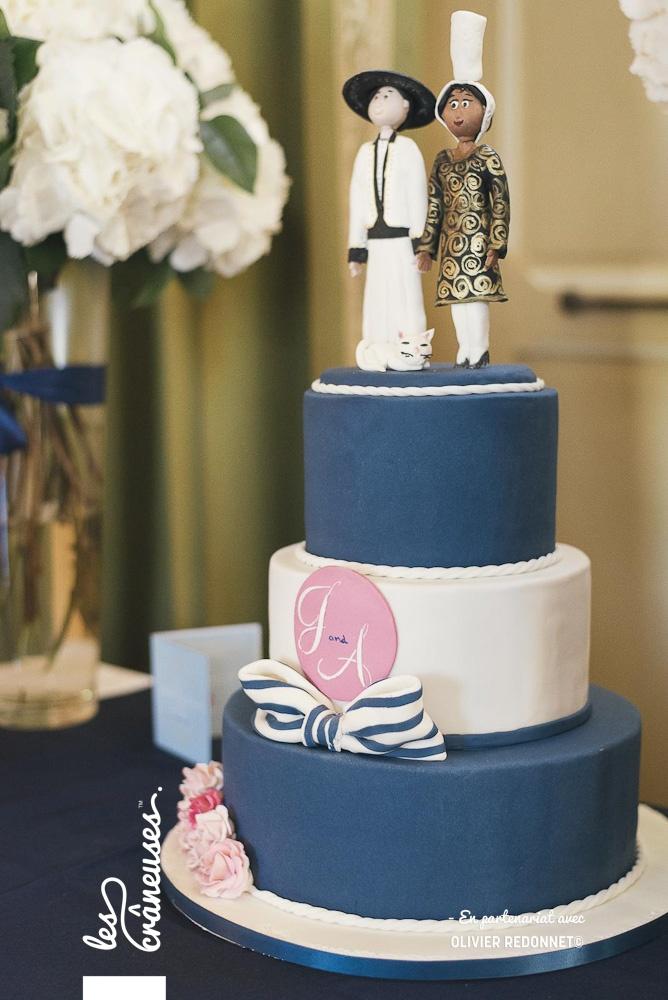 Wedding cake bleu blanc rose - Mariage en Bretagne - Saint malo - Les crâneuses - Wedding planner