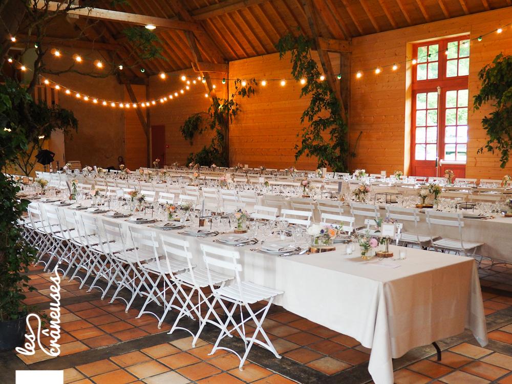 Manoir des Prévanches - Décoration - Tables banquet - Guirlandes guinguette - Les crâneuses - Mariage Normandie - Weddinf planner
