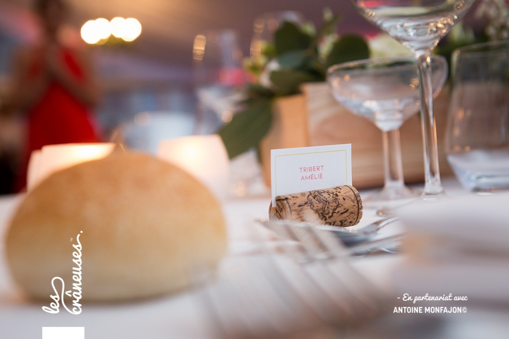 Marque place bouchon en liège - Décoration table - Les crâneuses - Mariage - Angers