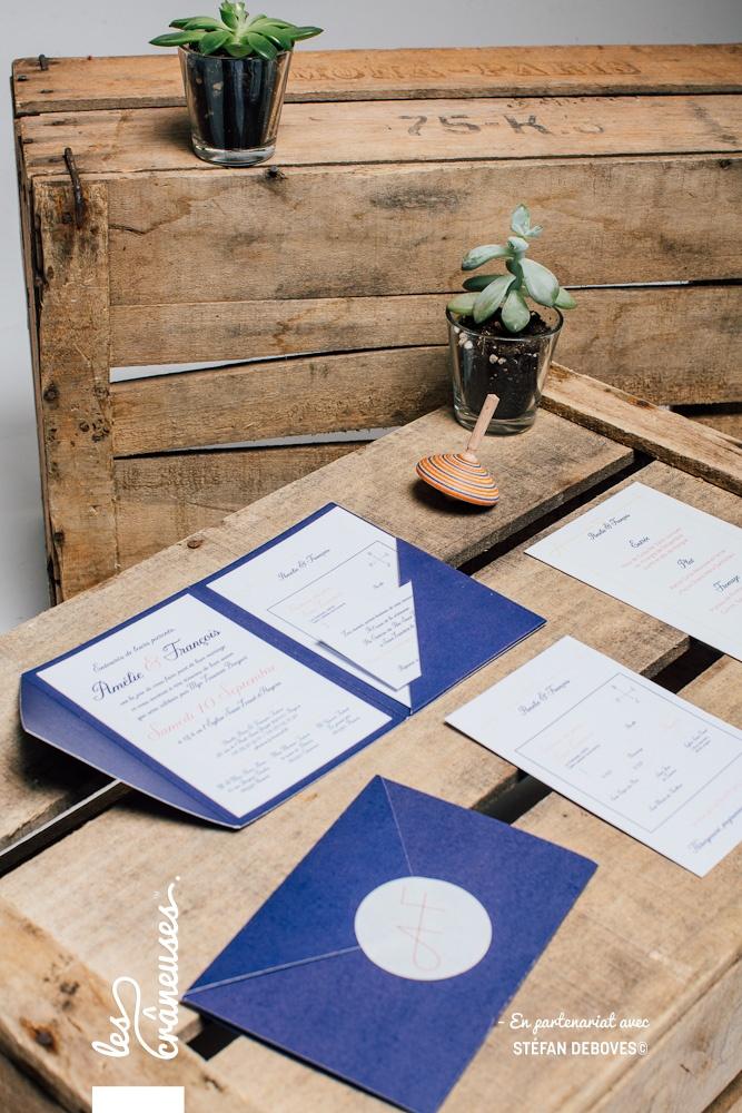 Faire part mariage pochette - Bleu - Bleu Marine - Faire part avec coupons - Faire part à compartiments - Création sur mesure - Fait main - Faire part unique - Faire part original - Les crâneuses