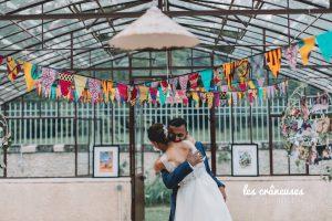 Décoration mariage wax - Décoration africaine - Verrière - Serre - Domaine Verderonne - Mariés - Amour - Couple - Les crâneuses